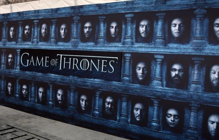 Game of Thrones: Διαφορετικό τέλος θα δώσει στους θαυμαστές του ο George Martin