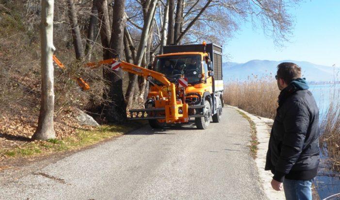 Εργασίες στον γύρο της λίμνης