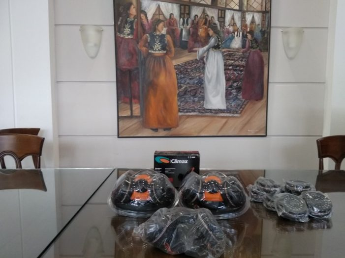 Μάσκες, γυαλιά και Ασπίδες Προσώπου διαθέτει η Π.Ε. Καστοριάς στο ΕΚΑΒ