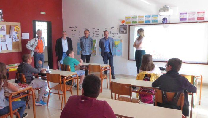 Επίσκεψη του Γιάννη Κορεντσίδη σε Δημοτικά Σχολεία του Δήμου Καστοριάς