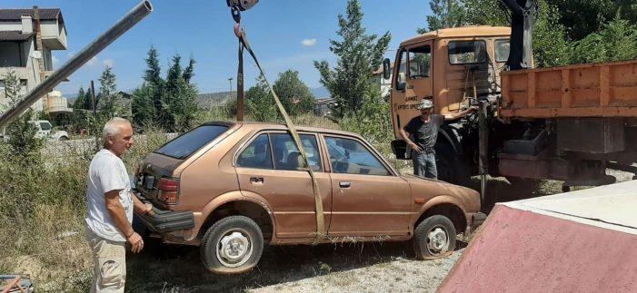 Απομάκρυνση εγκαταλελειμμένων οχημάτων από τον Δήμο Άργους Ορεστικού