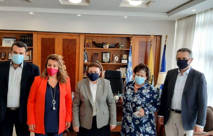 Επίσκεψη της Υπουργού Πολιτισμού στον Αντιπεριφερειάρχη Καστοριάς