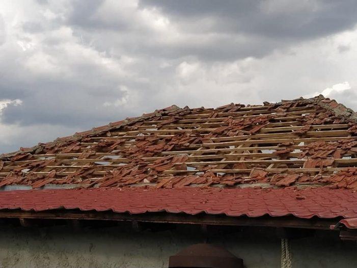 Π.Ε. Καστοριά: Οριοθέτηση των Περιοχών και την στεγαστική Συνδρομή των κτιρίων που επλήγησαν από χαλαζόπτωση στην Πτεριά και Πτελέα