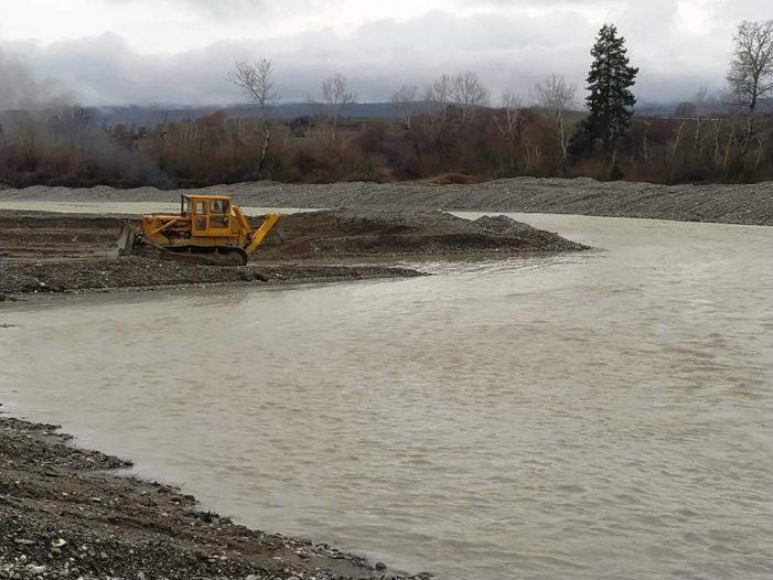Ολοκληρώνονται οι εργασίες Αντιπλημμυρικής Προστασίας  στην περιοχή Πενταβρύσου από την Π.Ε. Καστοριάς