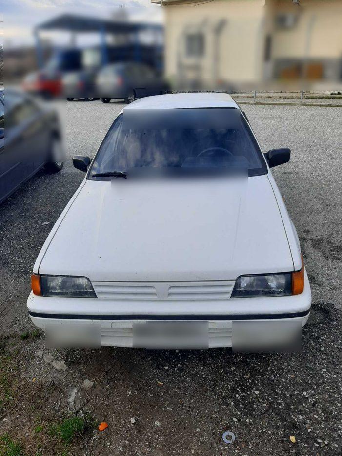 Συνελήφθησαν 4 αλλοδαποί, σε περιοχή της Καστοριάς, οι οποίοι  επέβαιναν σε κλεμμένο Ι.Χ.Ε. αυτοκίνητο