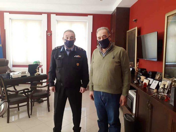 Εθιμοτυπική επίσκεψη του νέου Διοικητή της Περιφερειακής Πυροσβεστικής Υπηρεσίας Δυτικής Μακεδονίας στον Δήμαρχο Άργους Ορεστικού