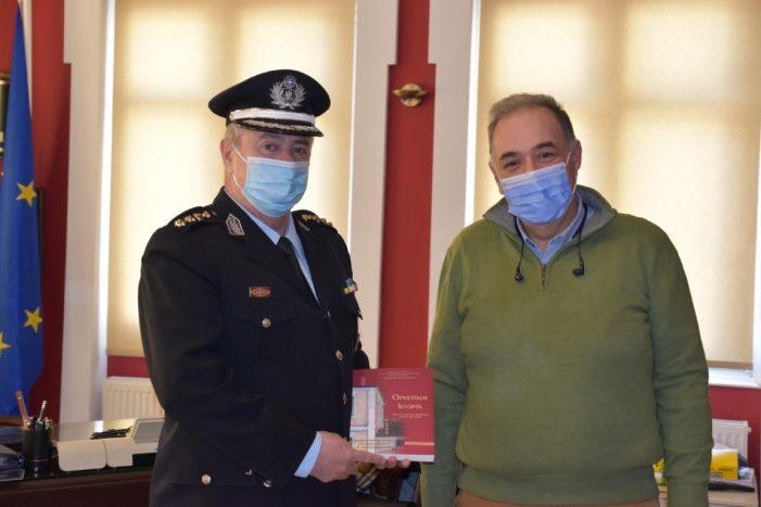 Εθιμοτυπική επίσκεψη του νέου Αστυνομικού Διευθυντή Καστοριάς στον Δήμαρχο Άργους Ορεστικού