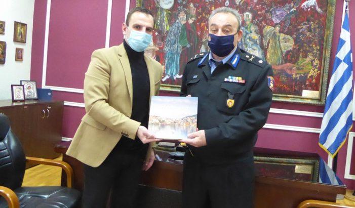 Επίσκεψη του νέου Διοικητή Περιφερειακής Πυροσβεστικής Υπηρεσίας Δυτικής Μακεδονίας στον Δήμαρχο Καστοριάς