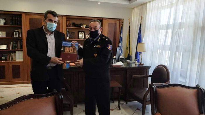 Εθιμοτυπική  Επίσκεψη του νέου  Διοικητή Περιφερειακής Πυροσβεστικής Υπηρεσίας Δυτικής Μακεδονίας στον Αντιπεριφερειάρχη Καστοριάς