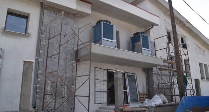 Εντός του καλοκαιριού ολοκληρώνεται η κατασκευή των 2 αιθουσών πολλαπλών χρήσεων και γυμναστικής στο 4ο Δημοτικό Σχολείο Άργους Ορεστικού