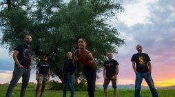 """Νέο Βίντεο: Οι Κούπες τραγουδούν """"Στης Πάργας τον ανήφορο"""""""